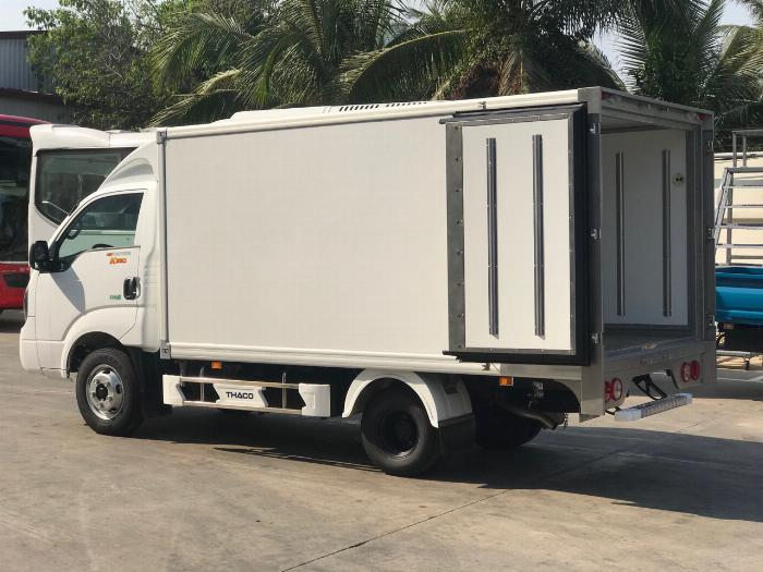 Xe tải K250 thùng đông lạnh tải trọng 1990 kg lưu thông quận 1