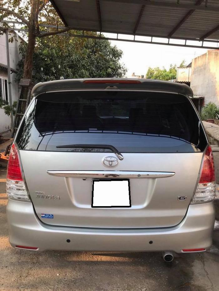 Gia đình cần bán xe Toyota innova 2008, số sàn 1
