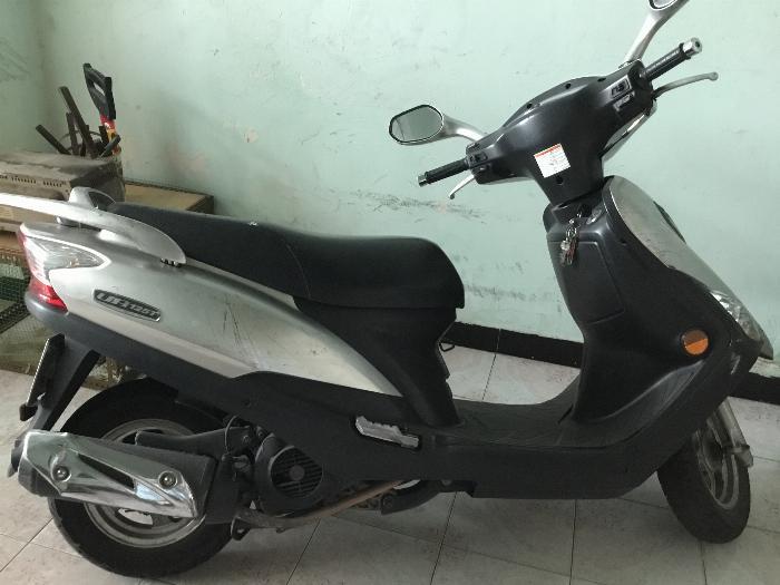 Xe tay ga Suzuki UA125T phun xăng điện tử FI, đời 2012, đã đi 34.242km
