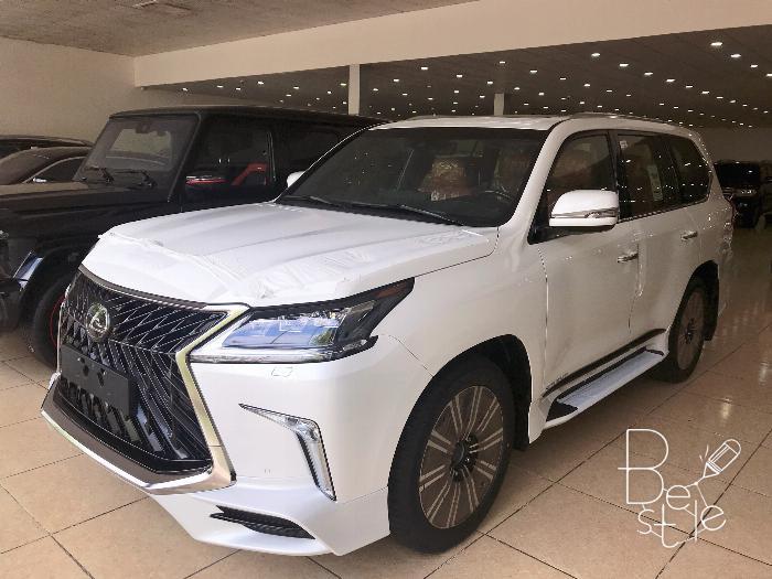 Bán Lexus LX570 Super Sport,màu trắng , Model 2019,mới 100%,xe giao ngay