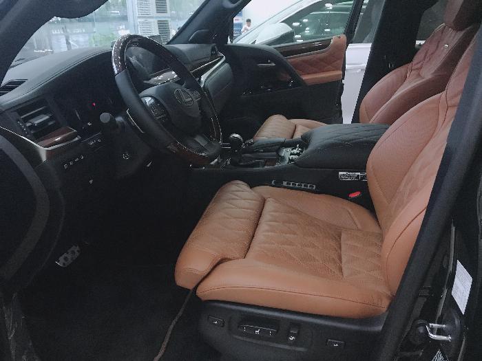 Bán Lexus LX570 Autibiography MBS 4 Chỗ,4 ghế Massage,5 6