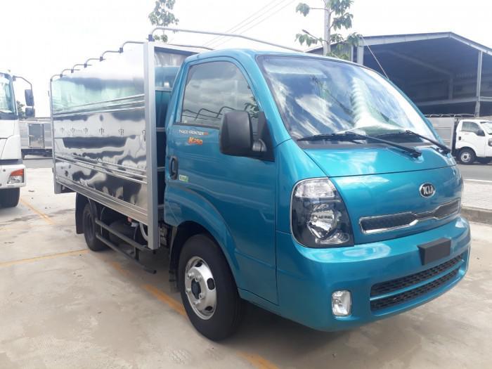 Cần bán xe tải KIA K250 thùng mui bạt tải trọng 2,49 tấn, hỗ trợ trả góp 75% giá trị xe. thủ tục đơn giản nhanh chóng. 0