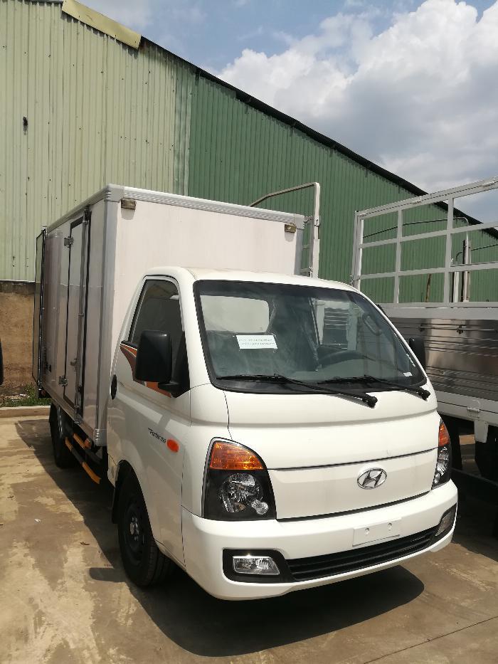 xe tải chạy trong thành phố 1,5 tấn hyundai porter h150 3