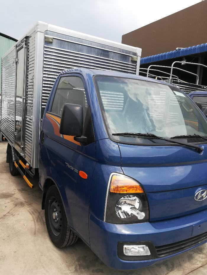 xe tải chạy trong thành phố 1,5 tấn hyundai porter h150 4
