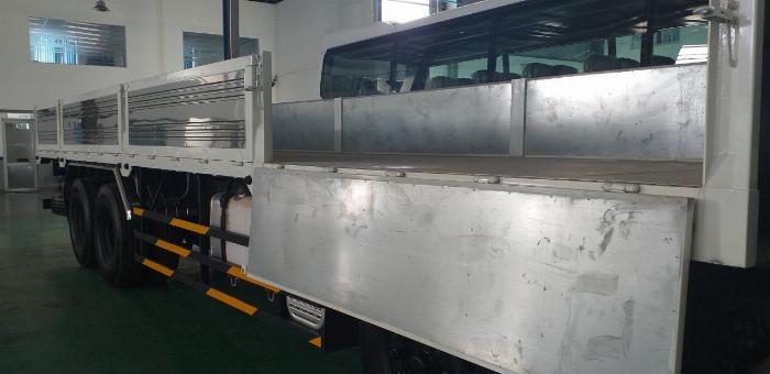 xe tải nặng hyundai hd320 18 tấn