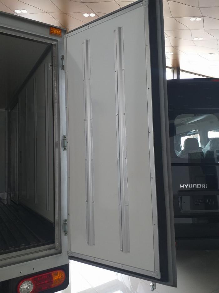 xe đông lạnh hyundai porter nhập khẩu hàn quốc 8