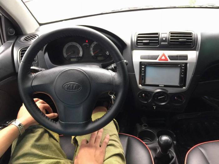 Gia đình cần bán Kia Morning LX 2012 màu bạc, số sàn, rất tiết kiệm xăng