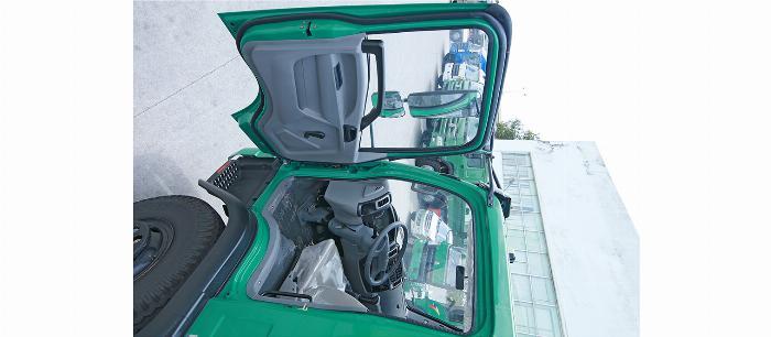 xe ben sinotruck 9 tấn giảm giá trong tháng 8