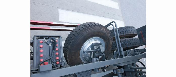 xe ben TMT DF13285 8 tấn 5 khuyến mãi 90 triệu 11