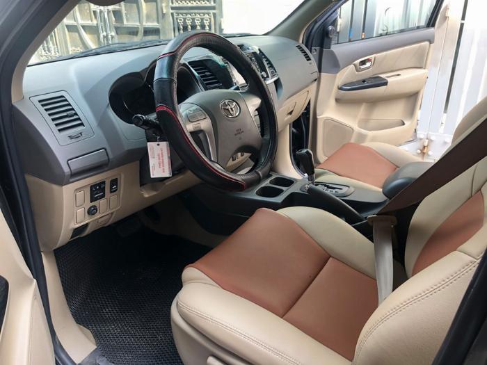 Bán Toyota Fortuner 2013 tự động xăng xám chì chính chủ 3