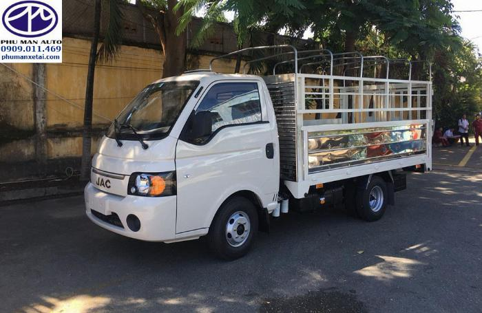 Xe tải JAC X5 Động cơ bền bỉ tiết kiệm nhiên liệu