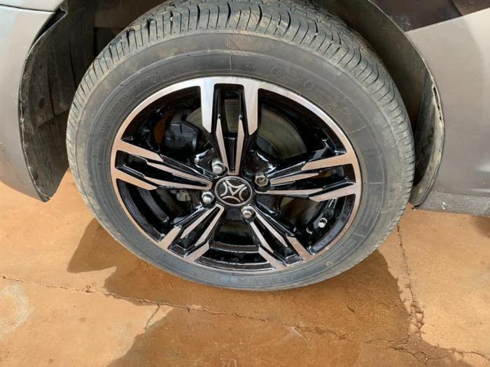 Cần bán xe Kia Morning 2013 số sàn màu xám, odo 67.000 Km 6
