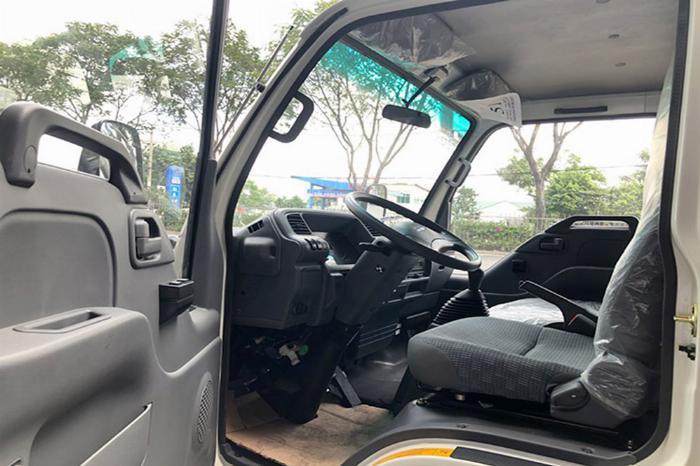 Bán xe tải ISUZU 1T9 đời 2019 thùng dài 6M2 2
