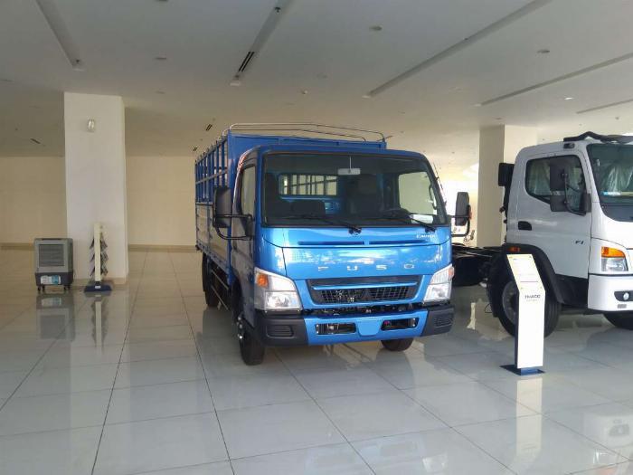 Xe tải mitsubishi 3,5 tấn xe nhật chất lượng nhật, có trả góp lãi suất ưu đãi giao xe ngay 2