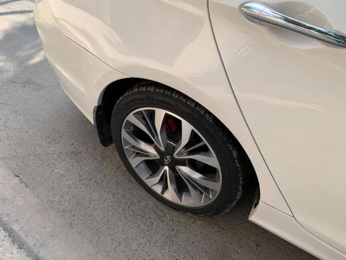 Gia đình cần bán Sonata 2012, số tự động, màu trắng 3