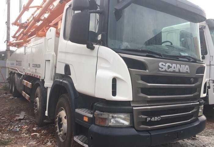 Xe bơm bê tông Scania
