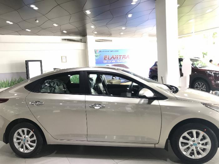 Hyundai Accent 2019 giá tốt tháng Ngâu!