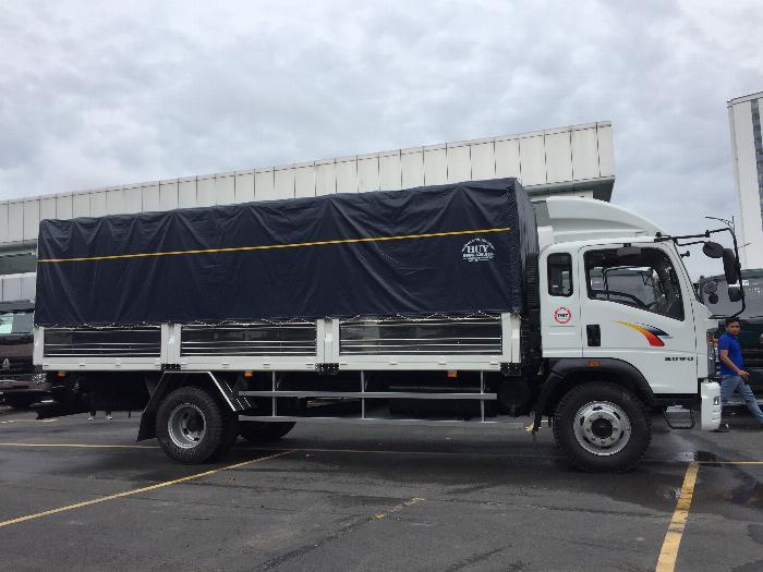 Xe tải howo 8t5 thùng dài 6m9 trả trước 120tr nhận xe