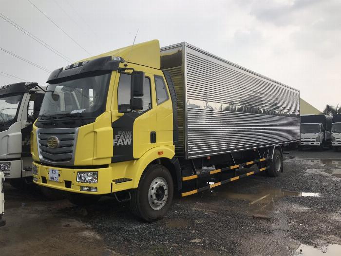 Xe tải faw 7 tấn 25 thùng kín thùng dài 9.7m đời 2019