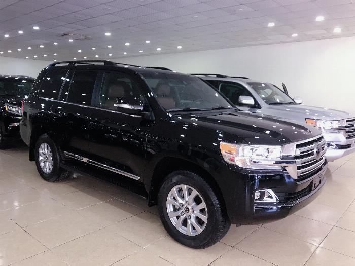 Bán xe Toyota Land Cruiser 5.7 Nhập Mỹ 2019, màu đen,bạc .xe giao ngay 2