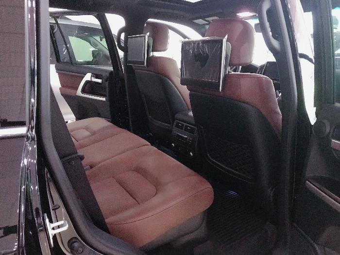 Bán xe Toyota Land Cruiser 5.7 Nhập Mỹ 2019, màu đen,bạc .xe giao ngay 10