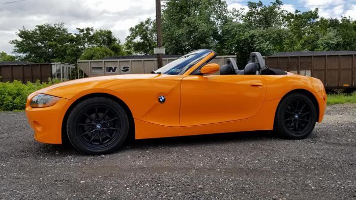 Cần bán BMW Z4, sản xuất 2007, số tự động nhập mỹ, màu cam 3