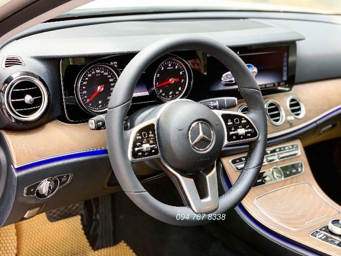 Bán Mercedes E200 sx2019 màu Trắng Siêu lướt mới đăng ký 1 tháng 6