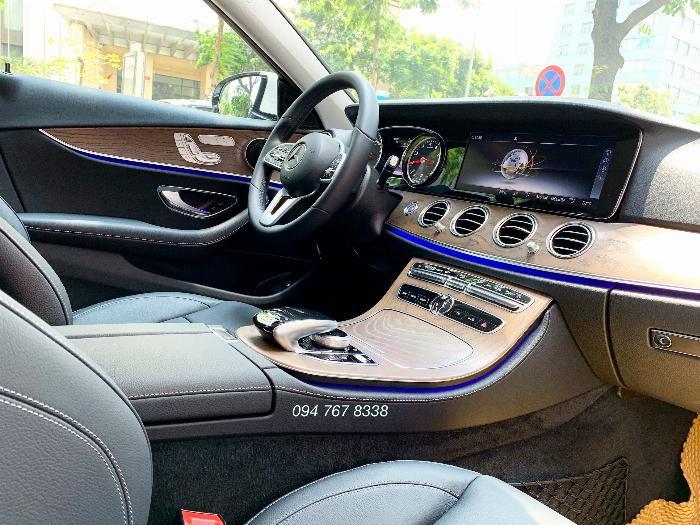 Bán Mercedes E200 sx2019 màu Trắng Siêu lướt mới đăng ký 1 tháng 7