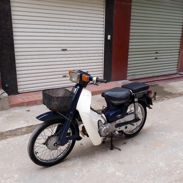 Cub 82 Honda Nhật màu xanh nguyên bản biển Hà Nội