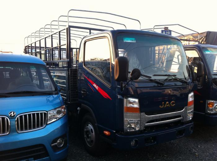 Ban xe tải JAC N200 1 tấn 9 thùng dài 4.3 mét đời 2019