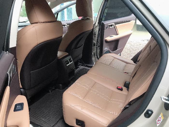 Bán Lexus RX350 sản xuất 2017,đăng ký 2018,màu vàng,lăn bánh 2 vạn Km,cực mới.LH:0906223838 10