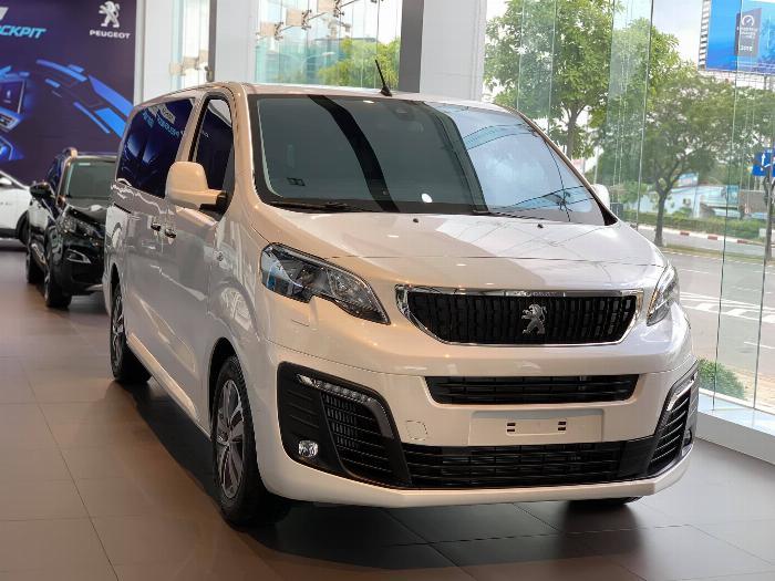 Peugeot Traveller - Đủ màu - Giao Ngay - Hỗ trợ vay 80%
