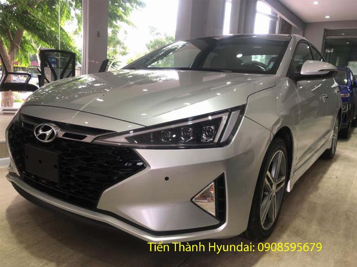 Hyundai Elantra giá tốt giảm 50tr, trả trước từ 181tr, góp 8tr9