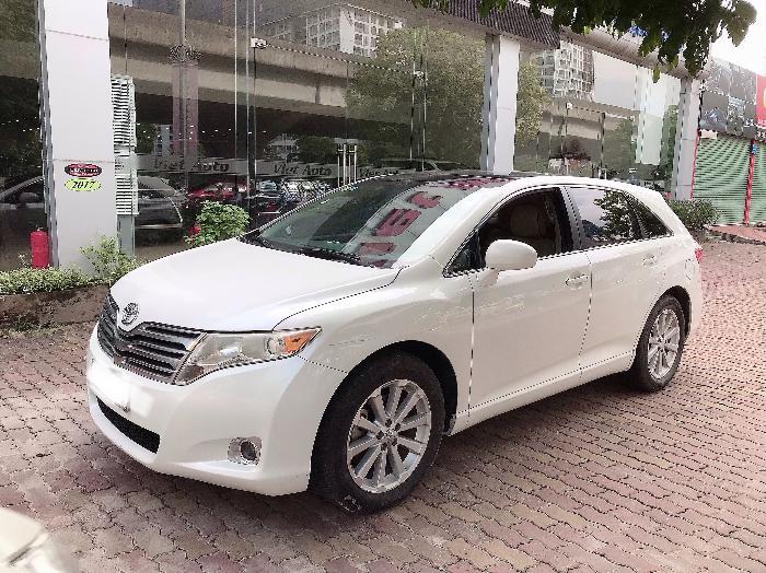 Bán Toyota Venza 2.7 Nhập Mỹ,sản xuất 2009,đăng ký 2010,tư nhân,1 chủ .LH : 0906223838