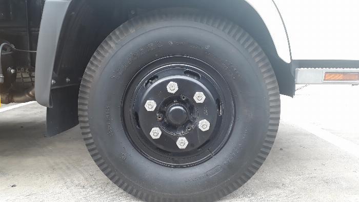 cỡ lốp 8.25-16