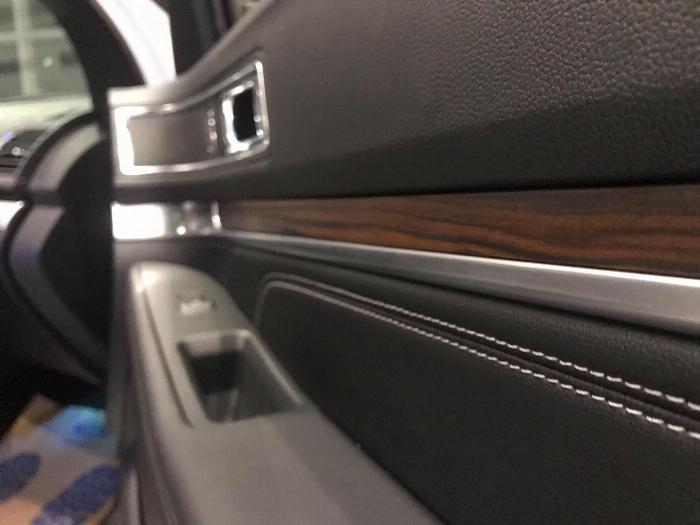Rinh xế hộp sang trong về Nhà ăn Tết, Xe Ford Explorer 2019 giá tốt nhất TP HCM với nhiều ưu đãi từ Đại Lý 5