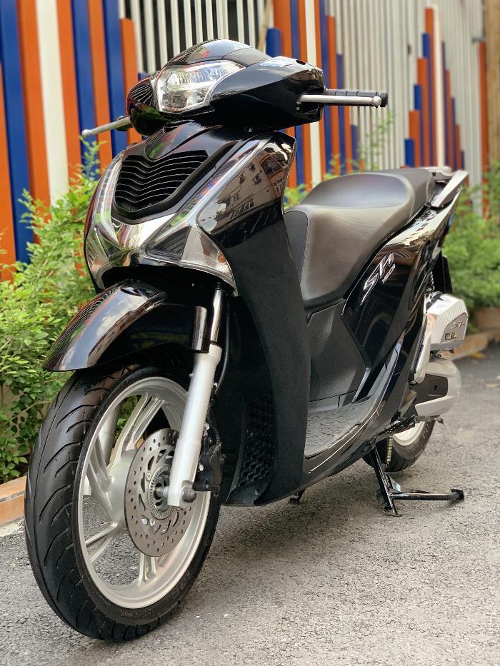 Bán SH Việt 150 ABS cuối 2017 màu Đen như mới