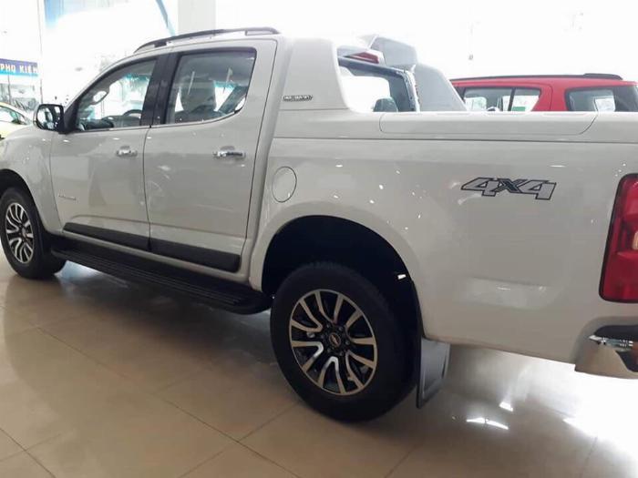 Tháng 09/2019, Chevrolet tiếp tục ưu đãi 30-50 triệu đồng cho xe bán tải Colorado 4X4 AT HC