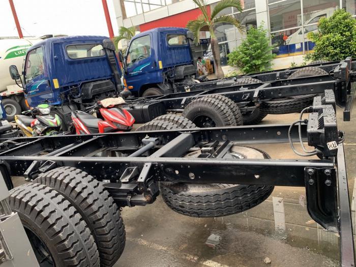 giá xe tải 6,8t Hyundai New Mighty 110S tải 6 tấn 8
