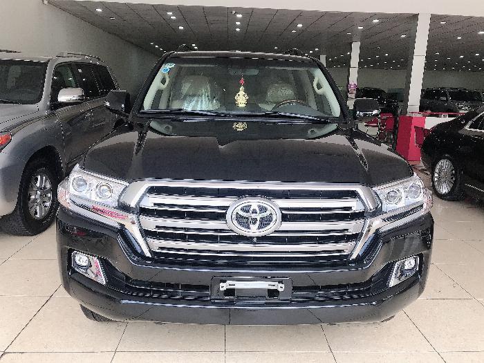 Bán Toyota Land Cruise 4.6,sản xuất và đăng ký 2016,hóa đơn VAT cao,xe đẹp ,giá tốt .