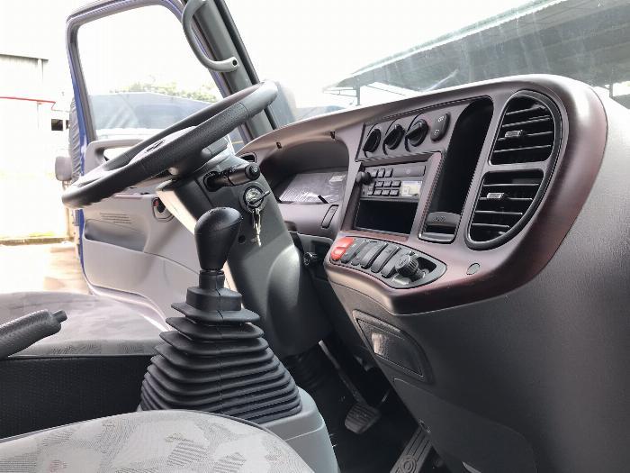 Xe tải hyundai  8 tấn thùng dài 5m giá rẻ nhất hiện nay 4