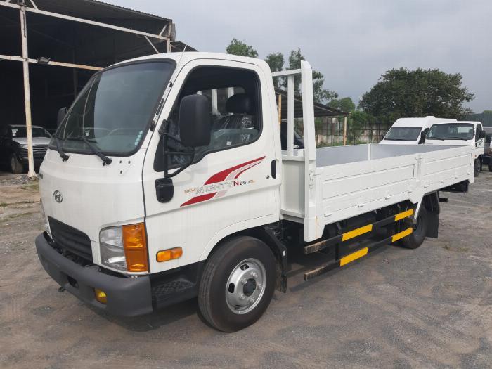 Giá Xe Tải 2.5 Tấn Hyundai N250SL 2019 Thùng Lửng 4
