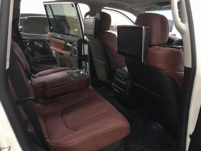 Bán Lexus LX570 Super Sport,Model và đăng ký 2016,xe đẹp,biển đẹp.LH:0906223838