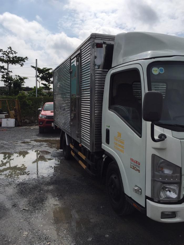 bán isuzu nmr đời 2014 thùng kín tải 1t9 2