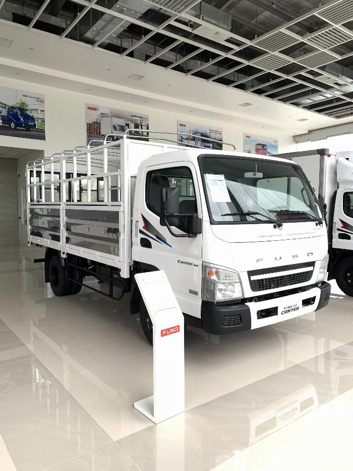 Xe tải Mitsubishi FUSO CANTER 6.5 tải trong 3,4T 0