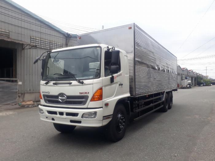 Xe tải hino 15 tấn 3 chân thùng dài 9.1 m trả góp giá rẻ, Xe tải thùng kín 3 chân có sẵn hỗ trợ ngân hàng lãi suất thấp 0