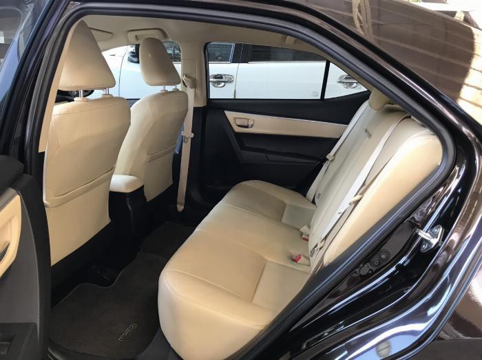 Bán xe Altis 1.8G sx 2019 màu nâu, xe đẹp như mới chạy 9.000km, giá hấp dẫn 2
