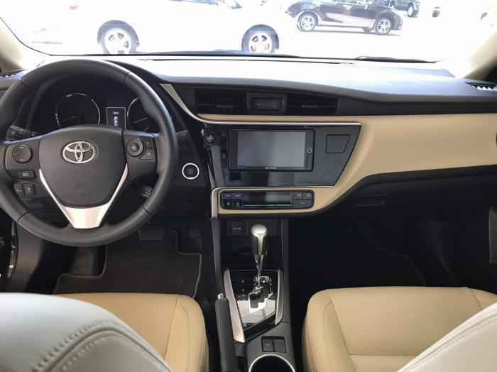 Bán xe Altis 1.8G sx 2019 màu nâu, xe đẹp như mới chạy 9.000km, giá hấp dẫn 3