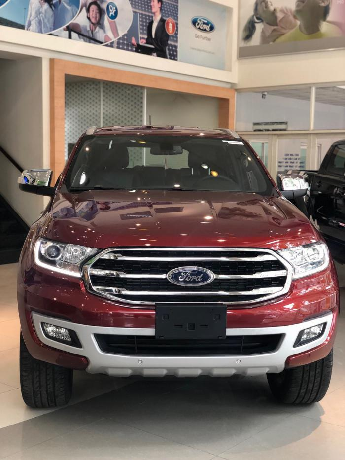 Ford Everest Titanium Full Option Giảm 70 Triệu 4
