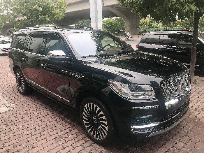 Bán Lincoln Navigator Black Label L bản cao cấp nhất Model 2020,màu đen,xe giao ngay . 2